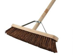 Broom Stiff Bassine 45cm (18in) + Handle & Stay